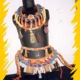 Textilní šperky pro Černé divadlo J. Srnce